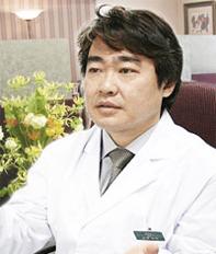 志賀 由章 医師