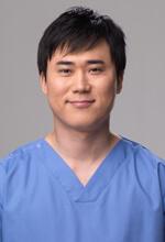 高須 幹弥 医師